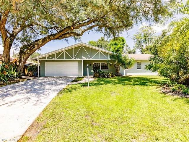 4715 Mi Casa Court, Fort Myers, FL 33901 (MLS #221065117) :: The Naples Beach And Homes Team/MVP Realty