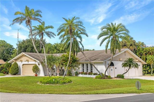 6860 Cherokee Avenue, Fort Myers, FL 33905 (MLS #221065141) :: The Naples Beach And Homes Team/MVP Realty