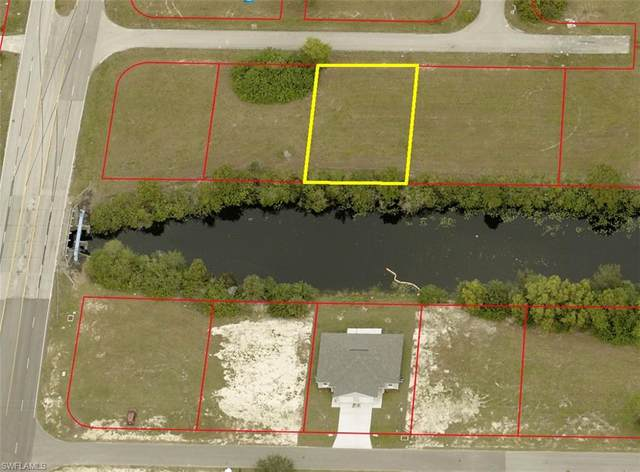 810 NE 12th Street, Cape Coral, FL 33909 (MLS #221065679) :: Waterfront Realty Group, INC.