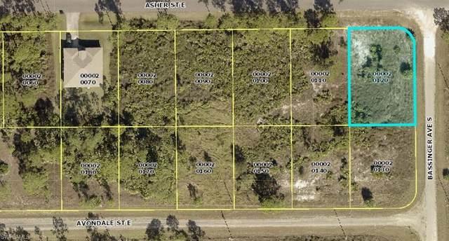 744 Asher Street E, Lehigh Acres, FL 33974 (MLS #221065731) :: #1 Real Estate Services