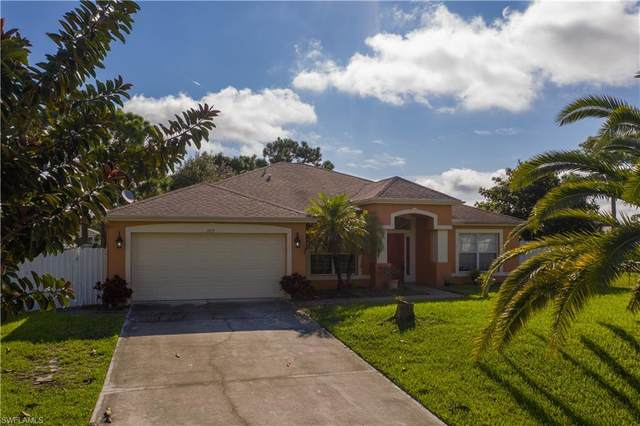 2833 NW 27th Place, Cape Coral, FL 33993 (MLS #221065916) :: Wentworth Realty Group