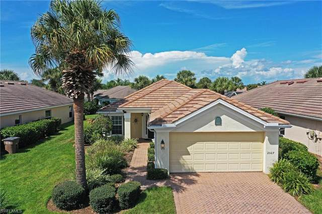 2527 Greendale Place, Cape Coral, FL 33991 (MLS #221065988) :: The Naples Beach And Homes Team/MVP Realty