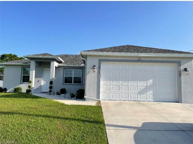 2512 30th Street SW, Lehigh Acres, FL 33976 (MLS #221066017) :: #1 Real Estate Services