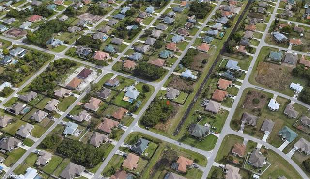 490 SW Lacroix Avenue, Port St. Lucie, FL 34953 (MLS #221066452) :: Domain Realty