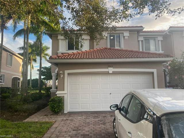 9963 Chiana Circle, Fort Myers, FL 33905 (MLS #221066635) :: RE/MAX Realty Team