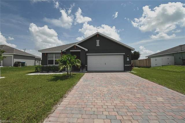 1013 NE 7th Avenue, Cape Coral, FL 33909 (MLS #221066643) :: Realty One Group Connections