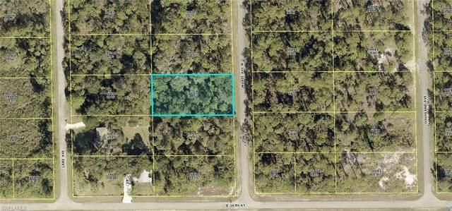 1605 Maple Avenue N, Lehigh Acres, FL 33972 (MLS #221066668) :: Avantgarde
