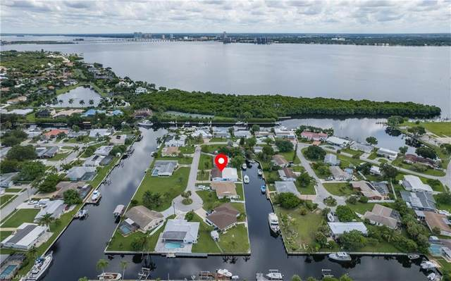 4377 Harbour Terrace, North Fort Myers, FL 33903 (MLS #221066755) :: Team Swanbeck