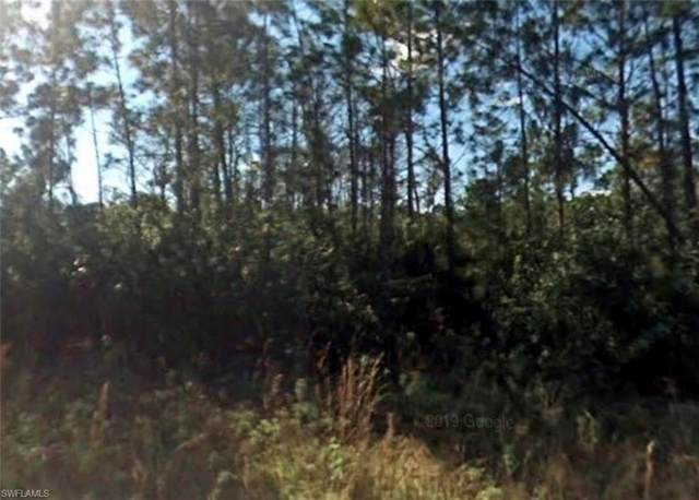 1883 Marcus Court, Lehigh Acres, FL 33972 (MLS #221066842) :: Avantgarde