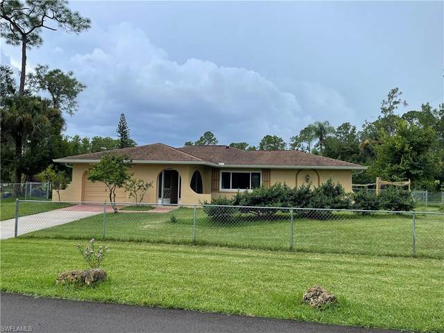 2004 E 9th Street, Lehigh Acres, FL 33936 (MLS #221066943) :: Realty One Group Connections