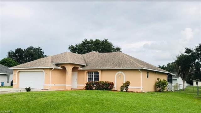 627 SW 12th Street, Cape Coral, FL 33991 (MLS #221067051) :: Waterfront Realty Group, INC.