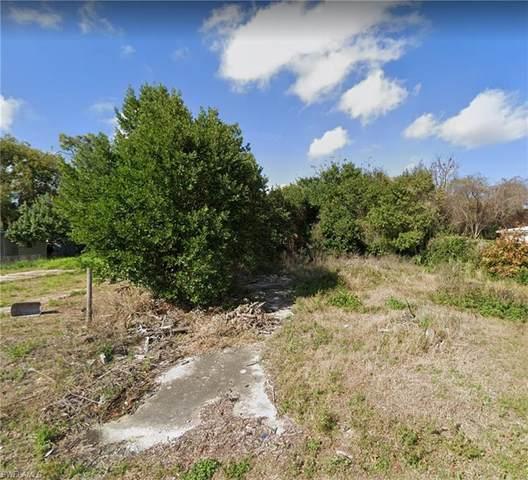 11331 Rampart Lane, Port Richey, FL 34668 (MLS #221067136) :: Avantgarde