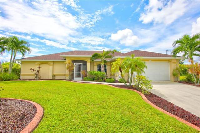 2526 SW 29th Terrace, Cape Coral, FL 33914 (MLS #221067189) :: Domain Realty