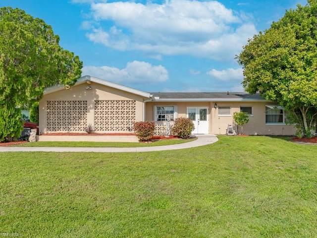 4311 S Atlantic Circle, North Fort Myers, FL 33903 (#221067191) :: Caine Luxury Team
