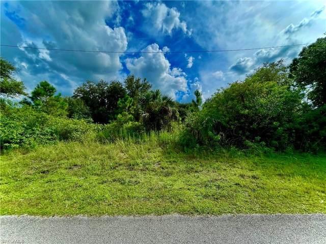2904 E 19th Street, Lehigh Acres, FL 33972 (MLS #221067193) :: Avantgarde