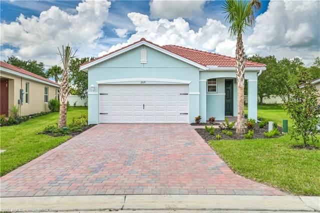 2071 Summersweet Drive, Alva, FL 33920 (MLS #221067587) :: The Naples Beach And Homes Team/MVP Realty