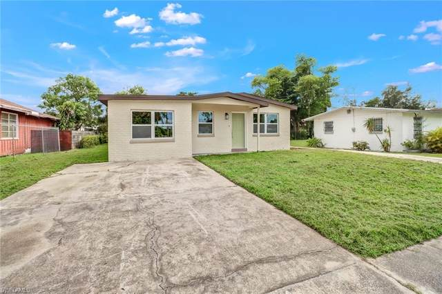 2990 Price Avenue, Fort Myers, FL 33916 (MLS #221067681) :: Medway Realty