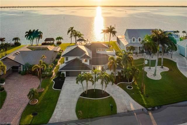 3317 SE 22nd Place, Cape Coral, FL 33904 (MLS #221067878) :: Clausen Properties, Inc.