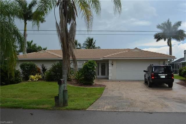 1924 SE 35th Street, Cape Coral, FL 33904 (MLS #221067932) :: Clausen Properties, Inc.