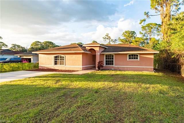 1071 18th Avenue NE, Naples, FL 34120 (MLS #221067995) :: Clausen Properties, Inc.