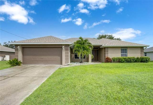 915 NE 36th Terrace, Cape Coral, FL 33909 (MLS #221068211) :: Clausen Properties, Inc.