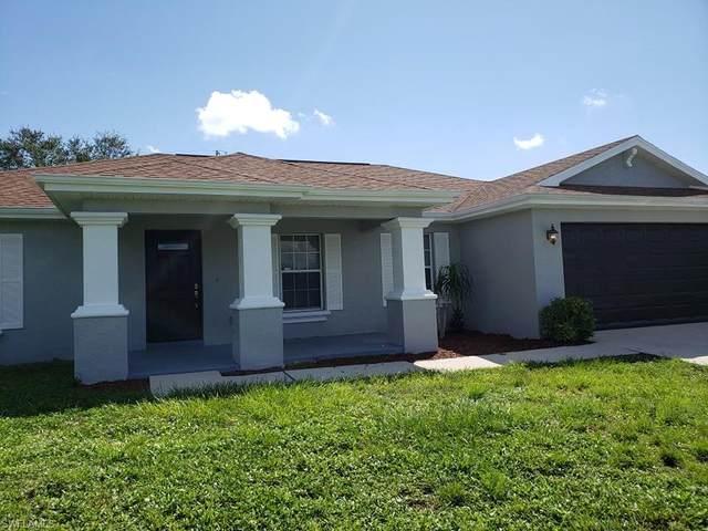 629 NE Juanita Court NE, Cape Coral, FL 33909 (MLS #221068214) :: EXIT Gulf Coast Realty