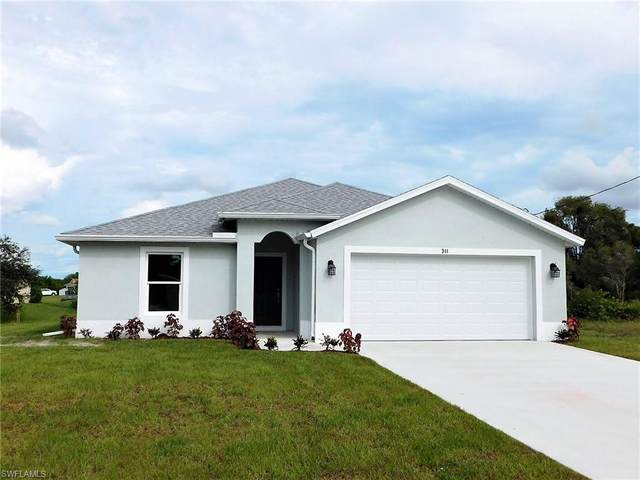 311 Panorama Avenue, Lehigh Acres, FL 33974 (#221068226) :: The Michelle Thomas Team