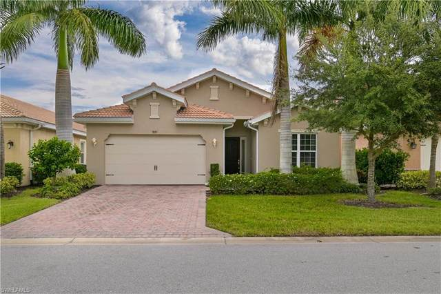 3885 Eldon Street, Fort Myers, FL 33916 (MLS #221068426) :: Dalton Wade Real Estate Group