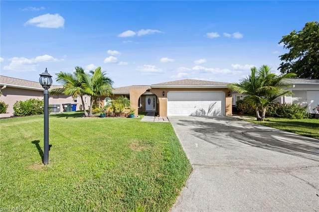 9746 Deerfoot Drive, Fort Myers, FL 33919 (MLS #221068448) :: Clausen Properties, Inc.