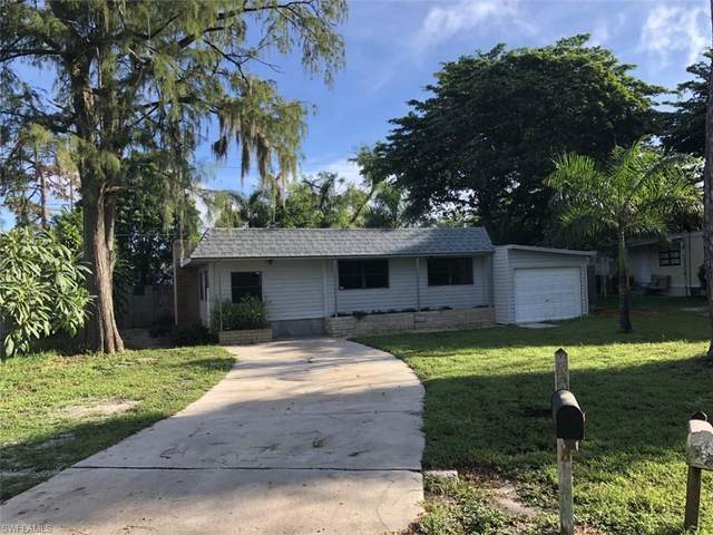 2105 Flowers Drive, Fort Myers, FL 33907 (MLS #221068471) :: Team Swanbeck