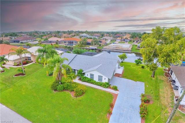 2914 SW 38th Street, Cape Coral, FL 33914 (MLS #221068477) :: Realty World J. Pavich Real Estate