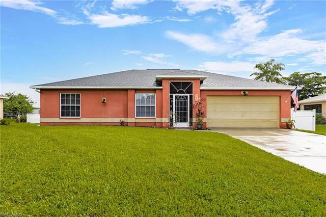 6351 Castlewood Circle, Fort Myers, FL 33905 (#221068604) :: Jason Schiering, PA