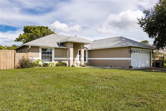 1405 SW 9th Avenue, Cape Coral, FL 33991 (MLS #221068716) :: Clausen Properties, Inc.