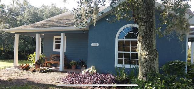 8028 Spice Court, Labelle, FL 33935 (MLS #221068735) :: EXIT Gulf Coast Realty