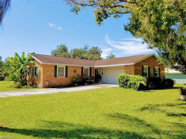 107 Howe Avenue, Labelle, FL 33935 (MLS #221069076) :: Wentworth Realty Group
