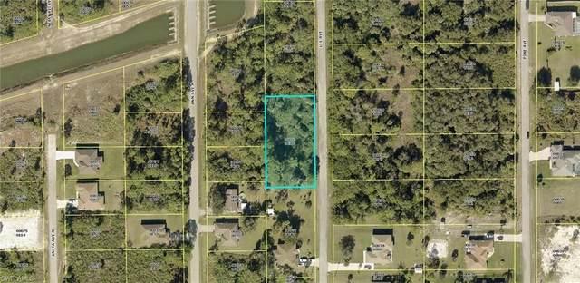 1113 Lee Avenue, Lehigh Acres, FL 33972 (MLS #221069105) :: Wentworth Realty Group
