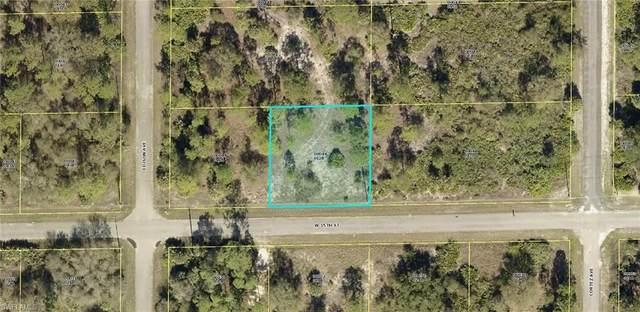 304 W 15th Street, Lehigh Acres, FL 33972 (MLS #221069111) :: Wentworth Realty Group