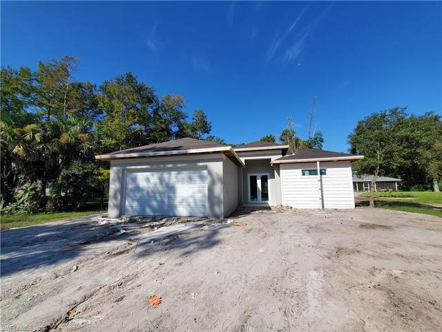 2983 6th Street NW, Naples, FL 34120 (MLS #221069112) :: Wentworth Realty Group