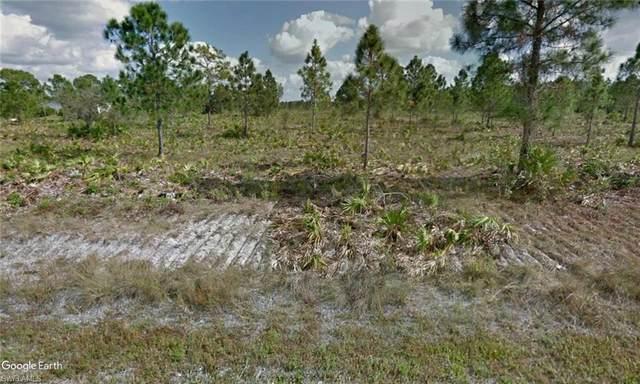 1008 Wagner Avenue, Lehigh Acres, FL 33972 (#221069576) :: Southwest Florida R.E. Group Inc