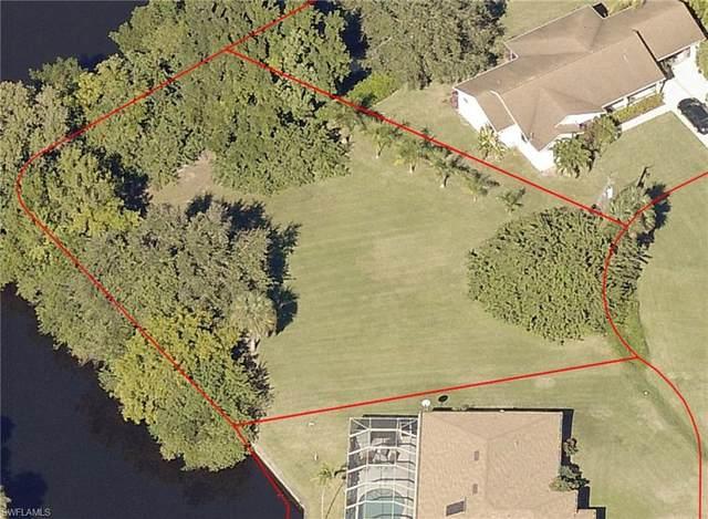 301 Shore Drive, Fort Myers, FL 33905 (MLS #221069662) :: Clausen Properties, Inc.
