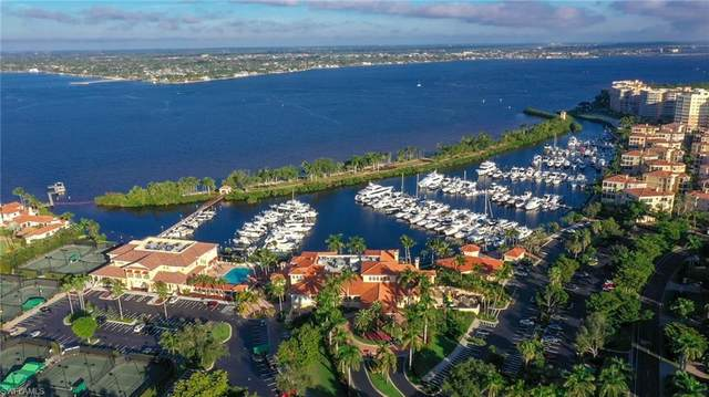50' Boat Slip D 21 At Gulf Harbour Marina, Fort Myers, FL 33908 (MLS #221069722) :: Clausen Properties, Inc.