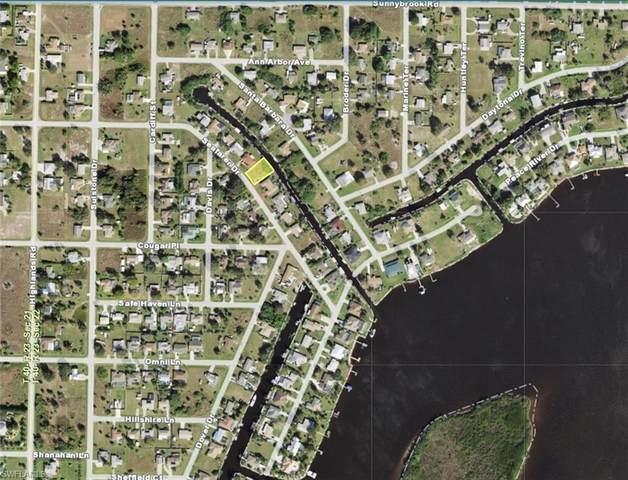 3060 Seafarer Drive, Punta Gorda, FL 33983 (#221070104) :: Jason Schiering, PA