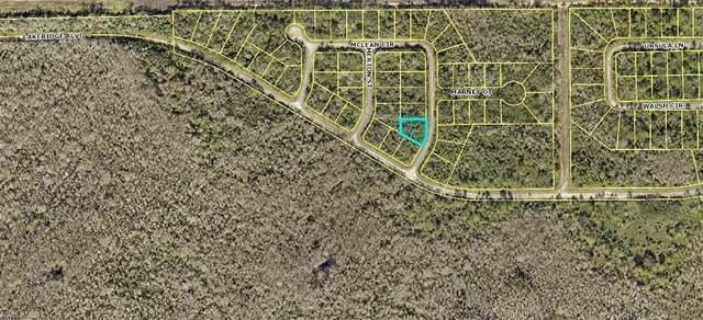 403 Mclean Circle, Lehigh Acres, FL 33972 (#221071635) :: MVP Realty