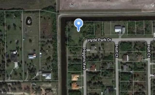 3858 Hyde Park Drive, Fort Myers, FL 33905 (#221072131) :: Jason Schiering, PA