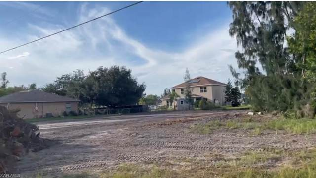 1703 SW 4th Street, Cape Coral, FL 33991 (MLS #221072190) :: #1 Real Estate Services
