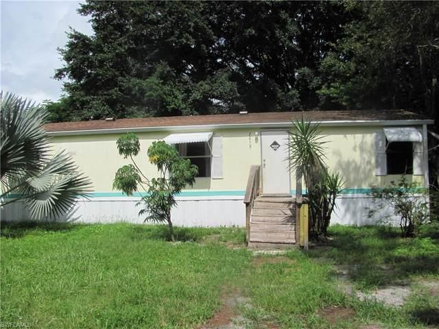 2058 Zoysia Lane, North Fort Myers, FL 33917 (#221072348) :: Jason Schiering, PA