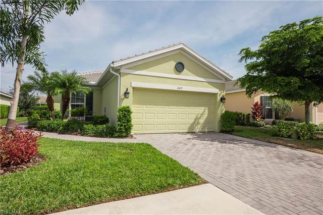 2619 Vareo Court, Cape Coral, FL 33991 (#221073280) :: MVP Realty