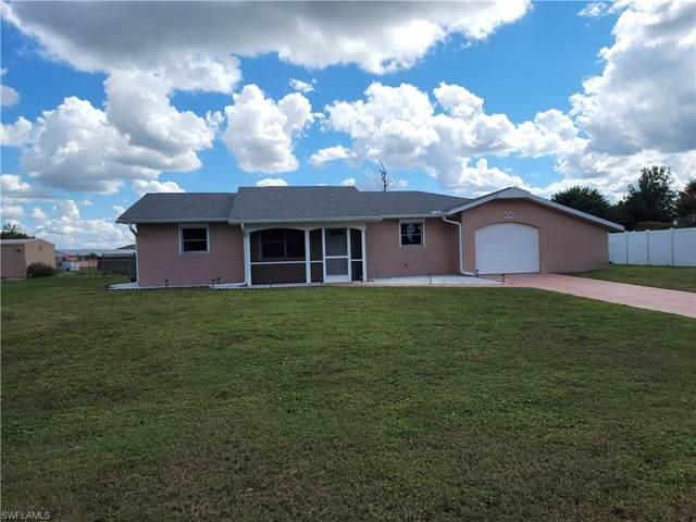 22 Palm Boulevard, Lehigh Acres, FL 33936 (MLS #221073354) :: Clausen Properties, Inc.