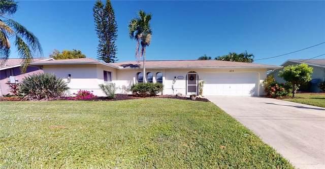 605 SE 28th Terrace, Cape Coral, FL 33904 (MLS #221073471) :: The Premier Group