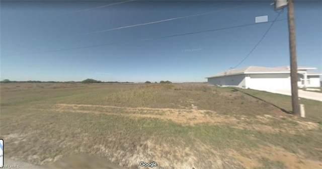 7023 Brazil Circle, Labelle, FL 33935 (#221073510) :: Jason Schiering, PA